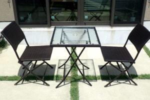 ラタン風テーブルチェアは最強コスパのガーデンテーブルセット