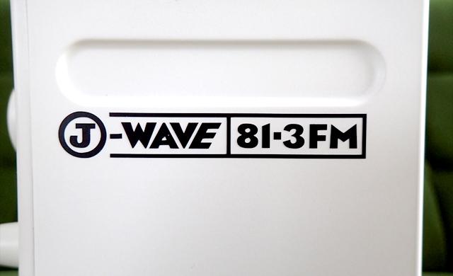 J-WAVEのロゴ