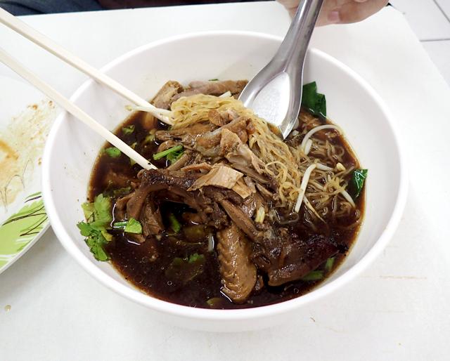 バミーヘン(汁無し麺)