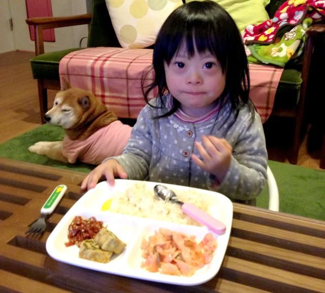 ダウン症優4歳食事
