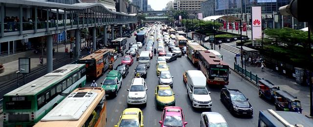 バンコク市内の交通事情