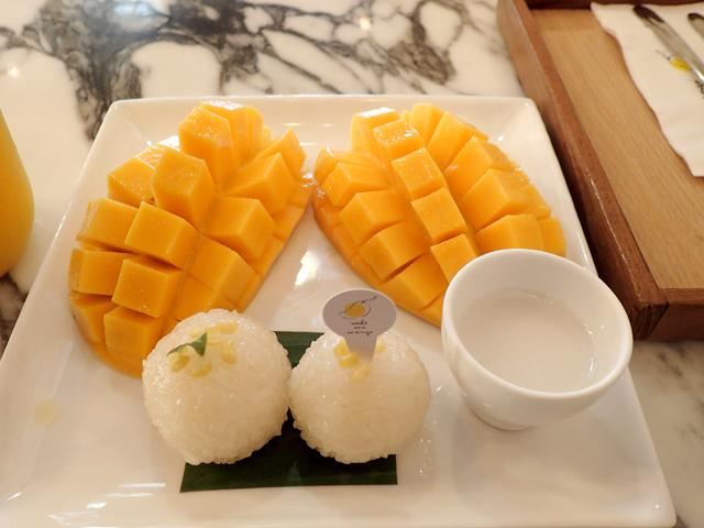 『Make Me Mango @ Thatien』のカオニャオマムアン