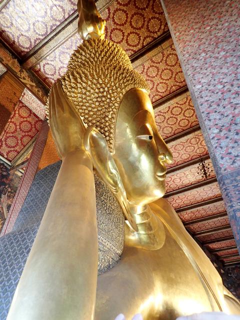 ワット・ポー涅槃像の横顔