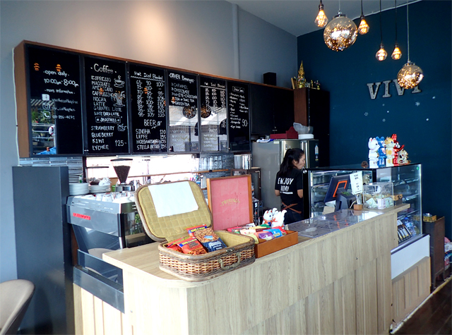 『ViVi The Coffee Place』の店内2