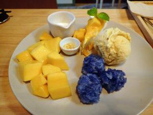 カオニャオマムアン&チーズケーキ&アイスクリーム