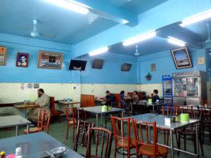 Muslim Restaurant(ムスリム・レストラン)店内