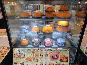 Phan-Phob Cafe(パーン・ポップ・カフェ)ケーキコーナー